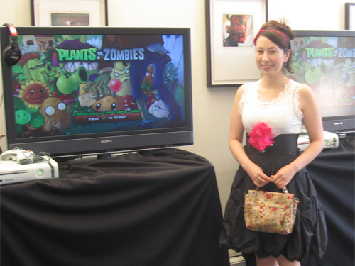 laura shigihara in game room